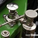 020 1913, Excelsior - pompa i wskaźnik poziomu oleju