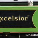 021 1913, Excelsior - logo na zbiorniku