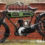 022 1913, Excelsior - z lewej strony