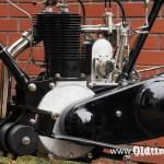023 1913, Excelsior - silnik z lewej strony