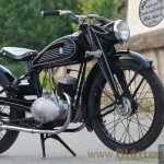 Triumph B 125